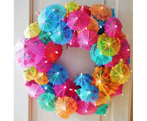 Christmas craft - paper umbrella wreath