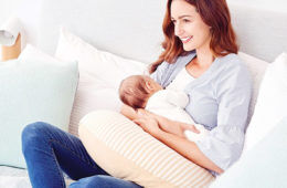 Mamaway 3-in-1 maternity and breastfeeding pillow
