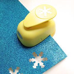 Snowflake craft punch