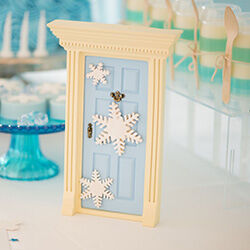 Frozen Snowflake Fairy Door