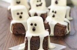 Halloween scary food
