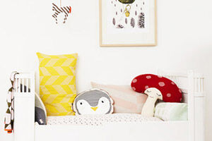 30 quirky cushions to dress up the nursery