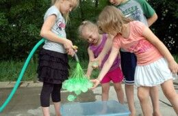 Great outdoor fun with Bunch-o-Balloons!