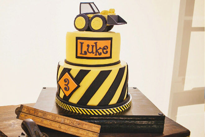 Cool Cakespiration 12 Construction Cakes Theyll Really Dig Mums Funny Birthday Cards Online Sheoxdamsfinfo