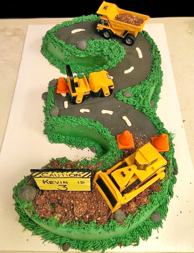 Construction chaos birthday cake