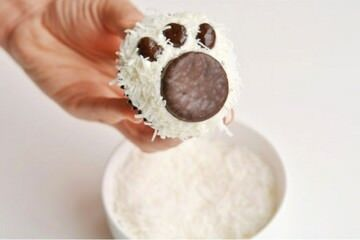 12 fun cupcakes and cookies to bake with the kids