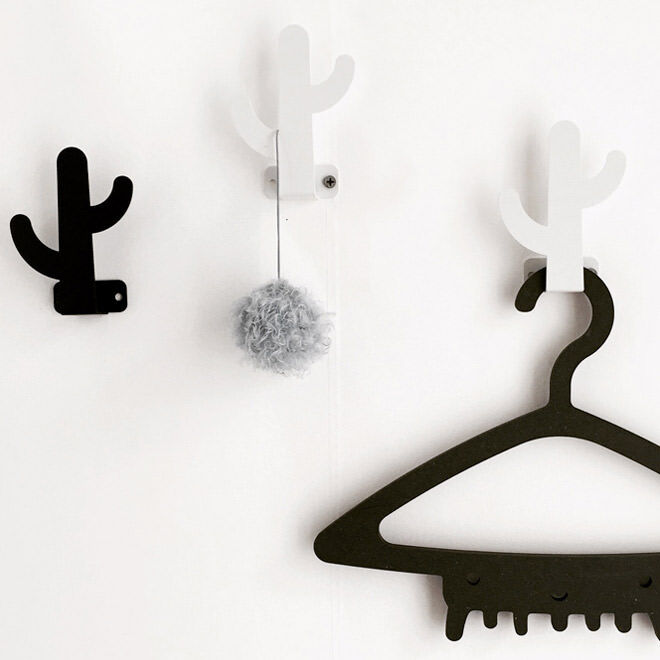 Wood Rabbit cactus hooks