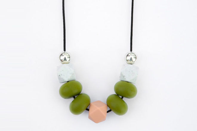 silicone teething necklace from Robjant Couture
