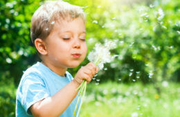 Tips for raising a toddler happy