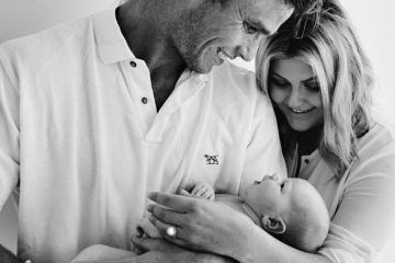 emma tom hawkins baby vaccination celebrity
