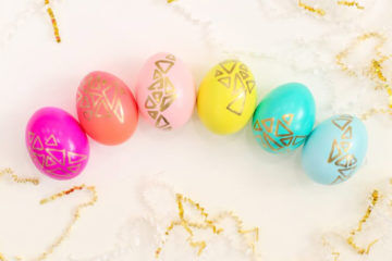 Lovely Indeed Colourful Easter Eggs DIY