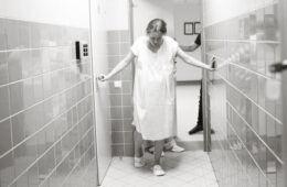 Mums in labour hospital corridor   Mum's Grapevine