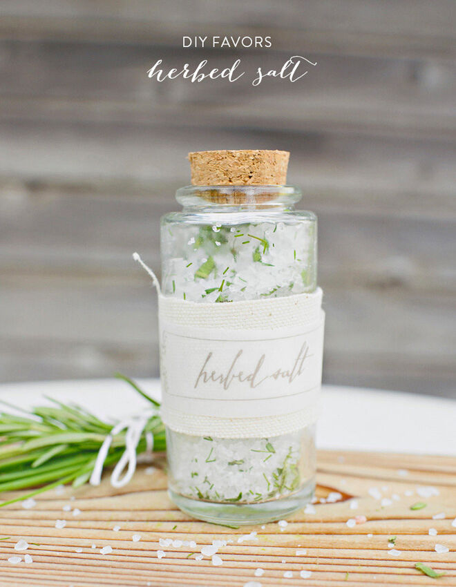Woodland baby shower favour ideas: DIY herb infused salt