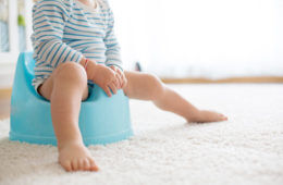 When to start toilet training | Mum's Grapevine