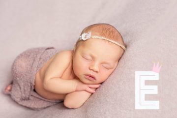 105 baby names that start with E | Mum's Grapevine