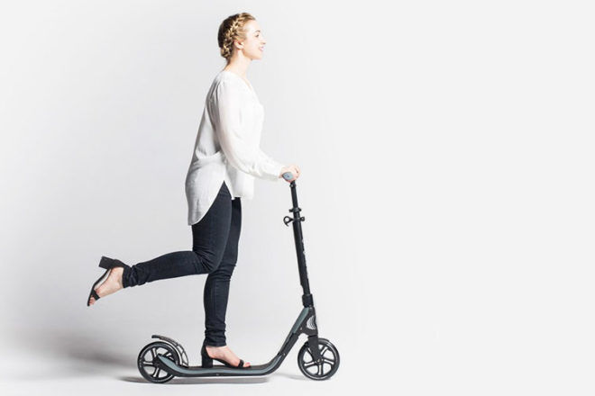 Gift ideas for mums: Globber ONE NL 205 Adult Scooter