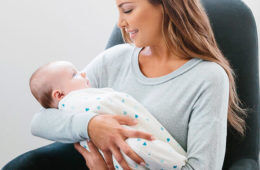 The best swaddles for healthy hip development | Mum's Grapevine
