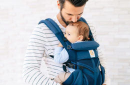 How to settle a toddler in a baby carrier   Mum's Grapevine
