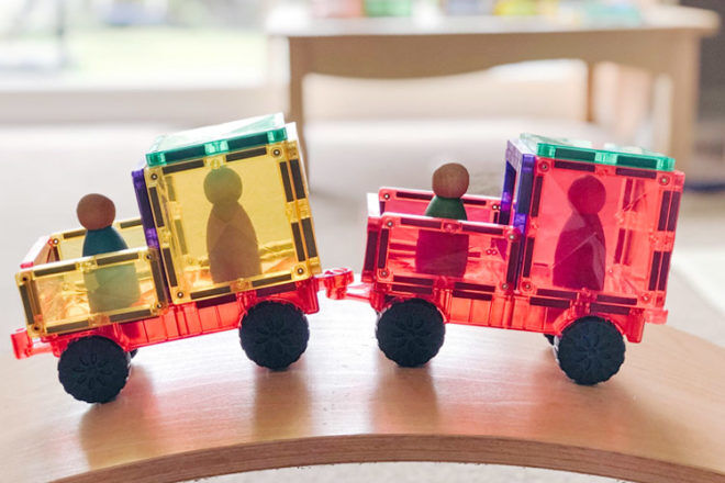 Best Gifts and Toys for 3 Year Olds: Connectix 24 Piece Car Pack
