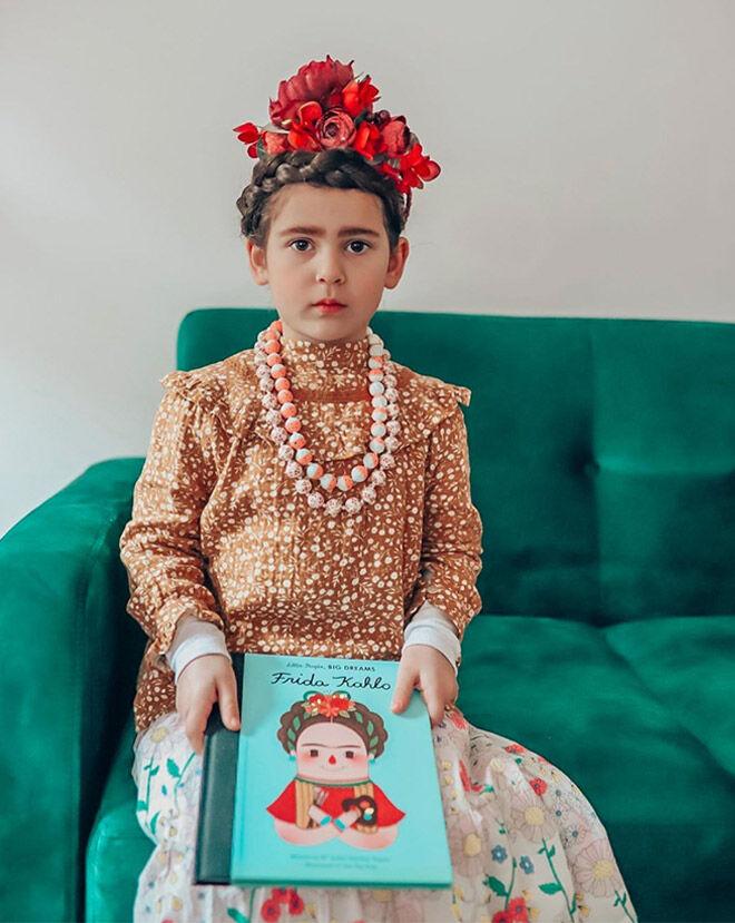 Frida Carlo Book Week costume
