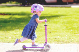12 best toddler scooters for first-time riders | Mum's Grapevine